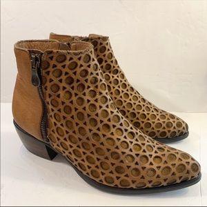 Kanna Botin Wash Cuero Ankle Boots Sz 39 8